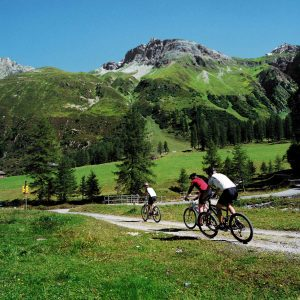 Bike Trip in Romania – short trips Discover villages and mountains